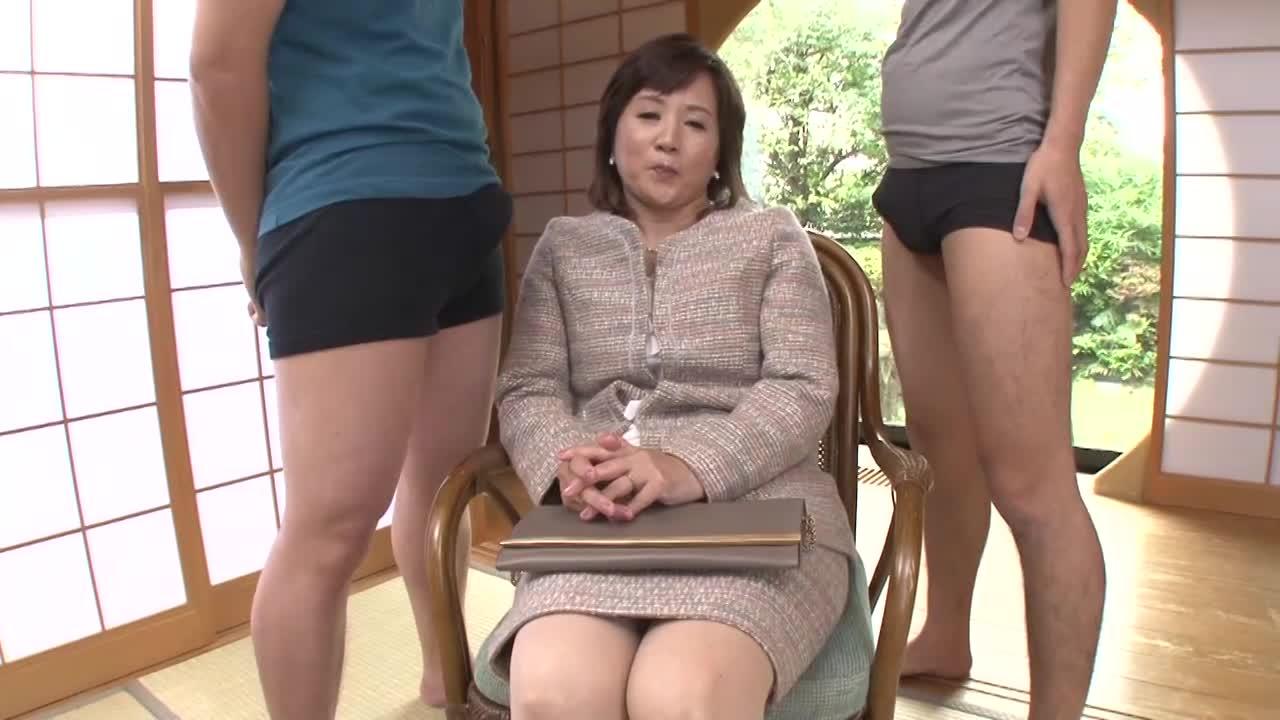 「まだ質問あるんですか?」五十路の素人の淡路富士子さんが初脱ぎ初撮りAVデビューするドキュメント企画